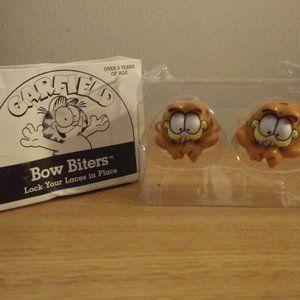 Vintage Garfield Bow Biters So CUTE Educational